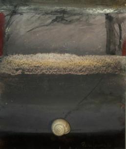 'Avanzando en lento caminar' es una pintura de Fernando Peiró Coronado, medidas 21x17, realizada con óleo, ceras y lápiz sobre tabla preparada con polvo de mármol y látex.