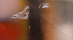 Pintura 'Espacios con resonancias musicales' de Fernando Peiró Coronado realizada con spray y óleo sobre cartulina. Medidas 27x49.
