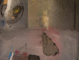 Obra 'Bodegón con pera y dos cerezas' de Fernando Peiró Coronado. Pintura realizada con óleo y sprays sobre cartulina preparada con arena y látex.