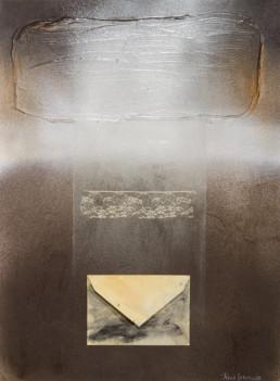 'Carta a la madre que se fue' obra de Fernando Peiró Coronado. Medidas, 45x34. Spray, óleo, puntilla y papel sobre cartulina preparada con polvo de mármol.